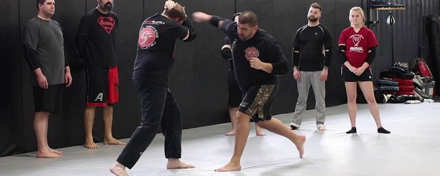 TRITAC Combat MMA Lesson #52: Punch Defense with Frames Drill